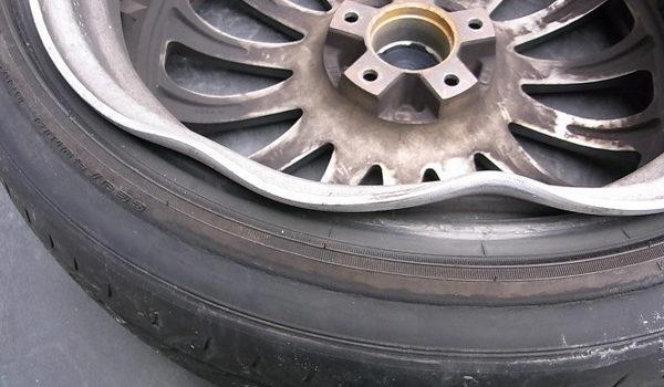 ホイール修正 内側リムの変形・歪みの修理